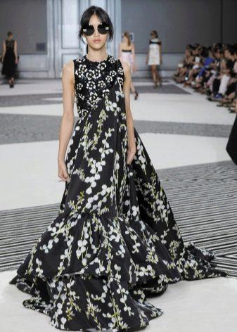 Платье а-силуэта в пол цветастое
