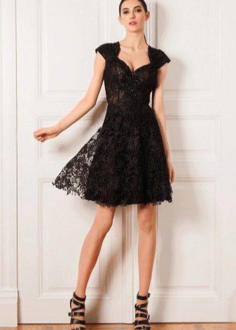 Обувь под кружевное платье