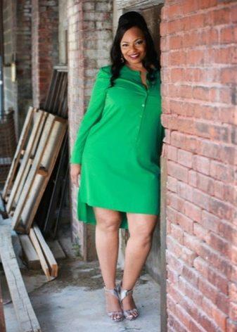 Зеленое платье с динным рукавом и ассиметричной юбкой для полных женщин