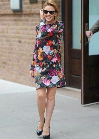Короткое платье А-силуэта с цветочным принтом