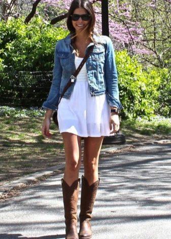 Платье бэби долл с джинсовкой