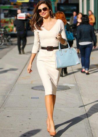 Платье-футляр для худых девушек
