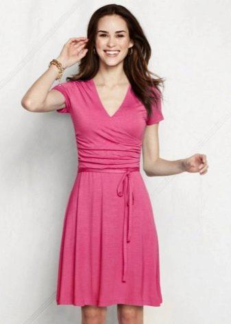 Розовое летнее платье из вискозы
