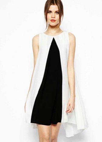 Бело-черное платье-трапеция
