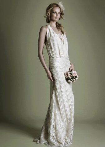 Платье с заниженной талией в стиле 20-х
