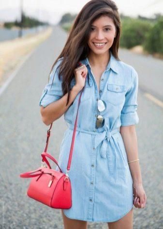 Повседневное платье-рубашка из голубого денима