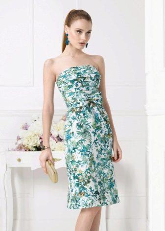 Платье без бретелей - выбор аксессуаров