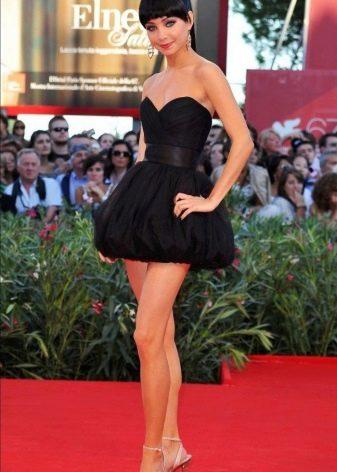 Черное короткое платье-бюстье