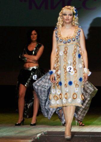 Платье из бубликов