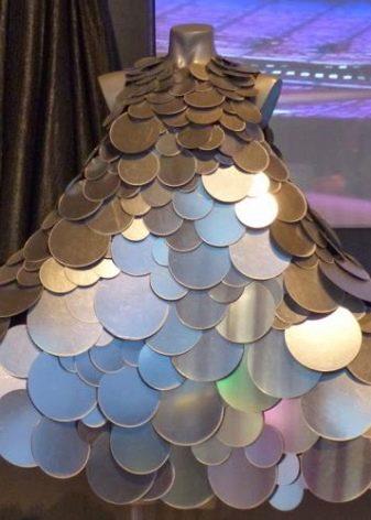 Платье из дисков