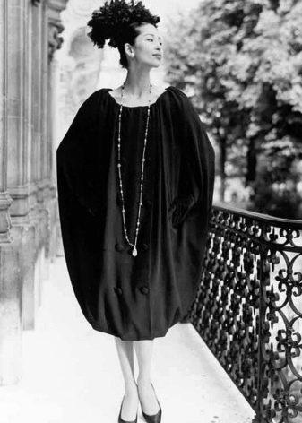 Старомодное платье-мешок