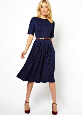 Миди платье синего цвета с юбкой солнце