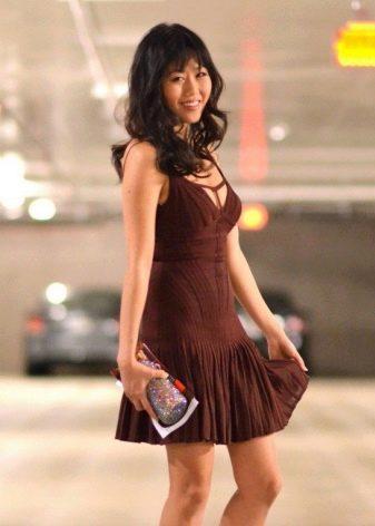 Коричневое платье Sack-linie с заниженной талией
