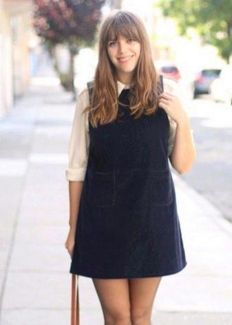 Короткое платье-сарафан для полных