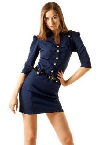 Синее платье в стиле милитари