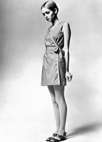 Платье Твигги в стиле 60-х