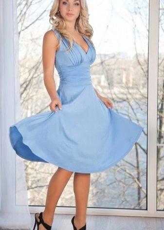 Платье в стиле Монро голубое