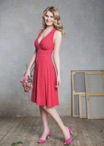 Платье в стиле Монро розовое
