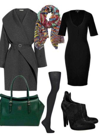 Серое пальто к черному платью-футляру