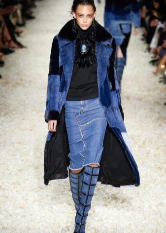 джинсовая юбка карандаш из кусочков