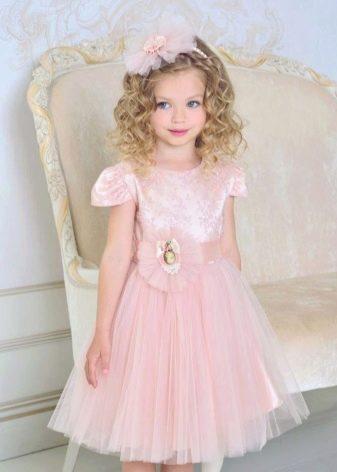 Платье с пайетками пышное короткое для девочки