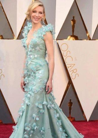 Модное платье 2016 года с рюшами и оборками