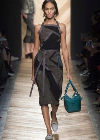 Модное платье 2016 года средней длины