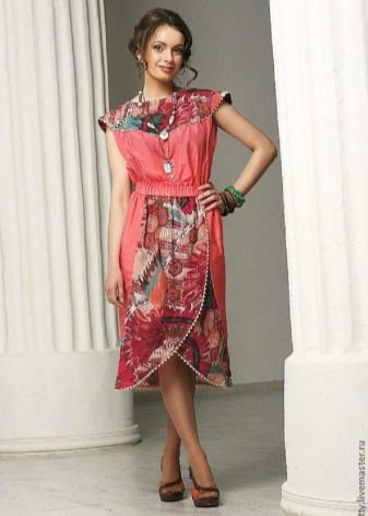 платье из двух видов батиста