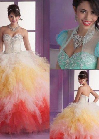 платье из органзы с многослойной юбкой
