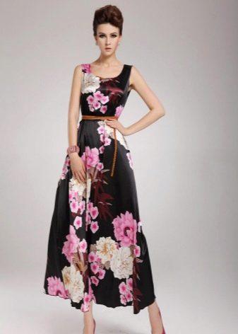 длинное платье из сатина с цветами