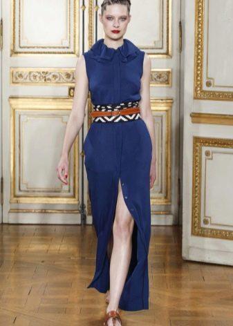 коричневая обувь к синему платью