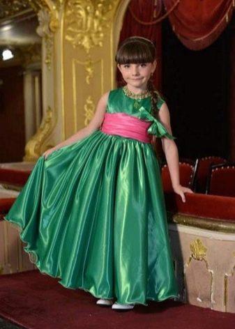 Выпускное платье в детский сад зеленое в пол