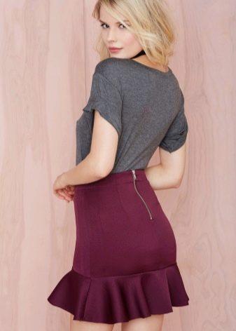 лиловая юбка-трампет