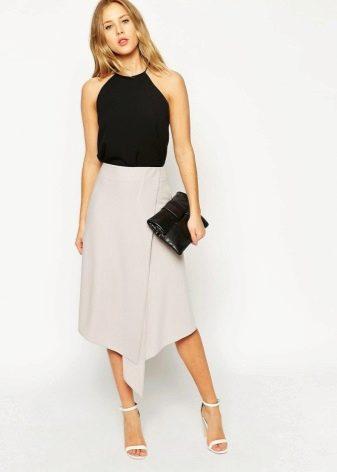 Бежевая асимметричная юбка