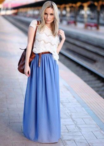 Длинная синяя юбка полусолнце