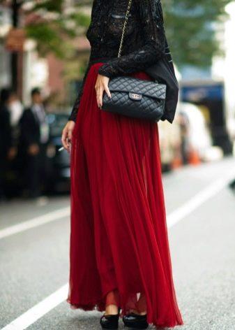 насыщенно-красная юбка-макси из органзы
