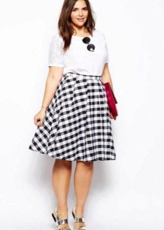 Коническая юбка для полных девушек