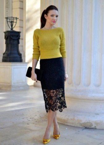 черная кружевная юбка-карандаш ниже колена