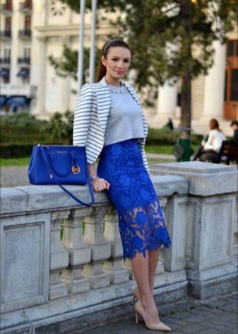 кружевная юбка-карандаш  цвета ультрамарин