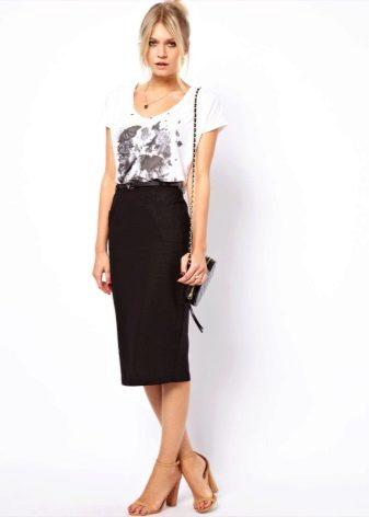 Льняная юбка карандаш с высокой талией