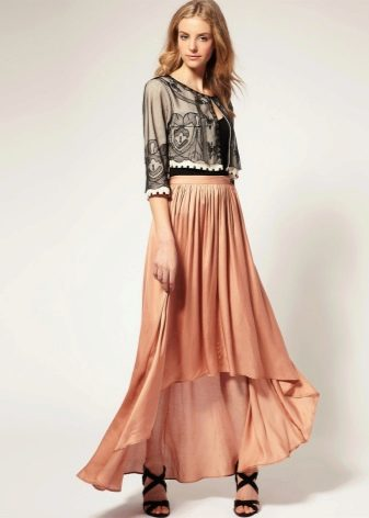 Летящая ассиметричная юбка