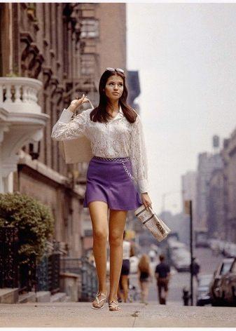 лиловая микро юбка
