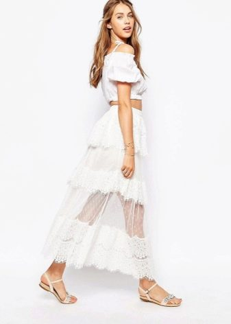 Длинная многослойная юбка