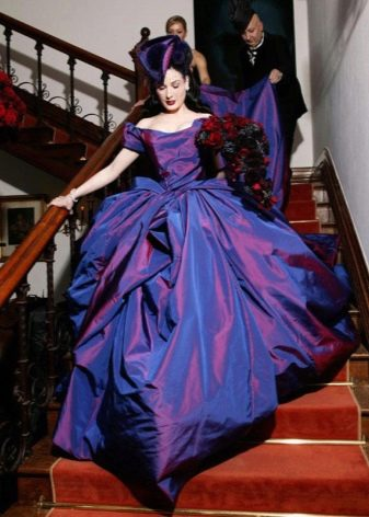 авангардное свадебное платье из тафты