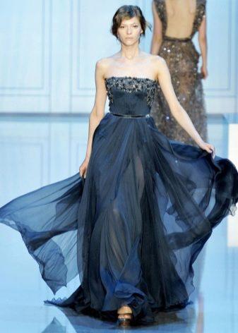 темно-синее вечернее платье из тафты