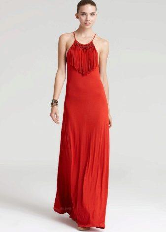 Платье с бахромой на груди