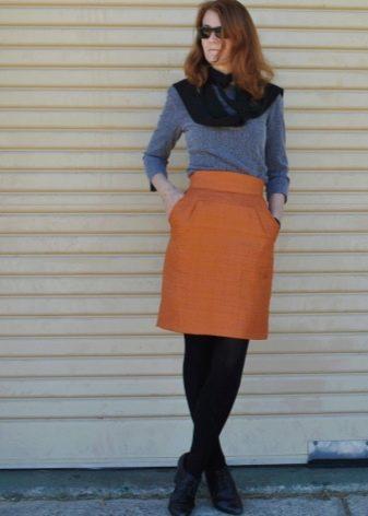 Прямая миди юбка с карманами