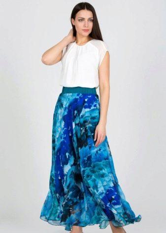 длинная спортивная юбка в голубой гамме