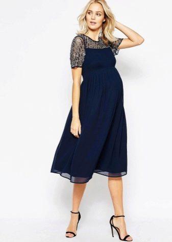 Вечернее синее платье для беременных