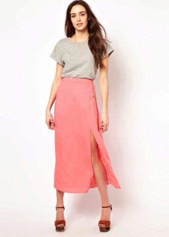 Легкая летняя юбка с разрезом и майка